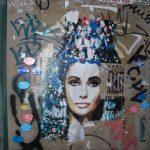 Graffiti en muro de Elizabeth Taylor